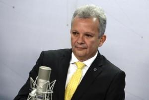 Ministro André Figueiredo, da Pasta das Comunicações (Foto José Cruz/Agência Brasil).