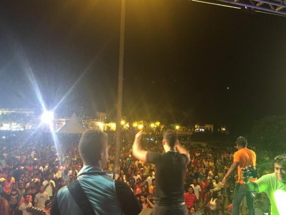 Carnaval atrai milhares de foliões para centro histórico de Canes (Foto Divulgação).