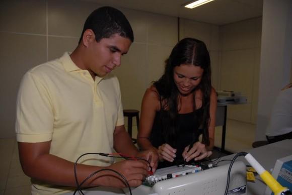 Curso técnico oferece mais de 11 mil vagas para quem já concluiu ensino médio (Foto Divulgação).