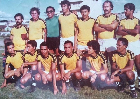 Seleção do Rádio no início da década de 80, na antiga Desportiva (Foto Arquivo Aleilton Oliveira).