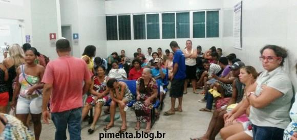Pronto-socorro do Hospital de Base lotado com vítimas do Aedes aegypti (Foto Pimenta).