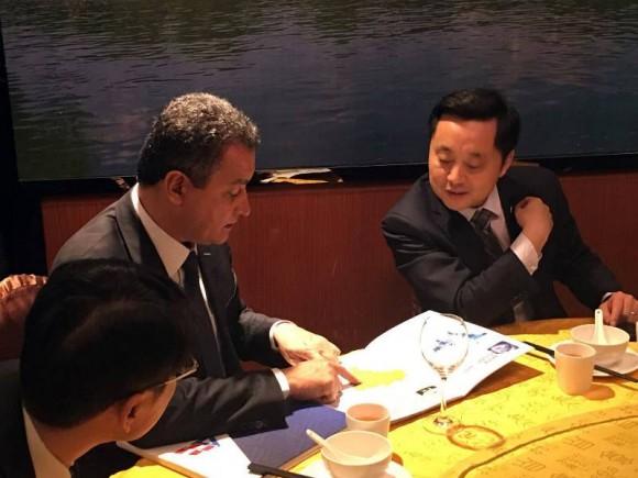 Governador fechou acordos com empresários chineses