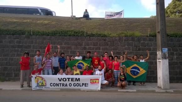Servidores públicos, sindicalistas, estudantes e profissionais liberais seguiram para Brasília.