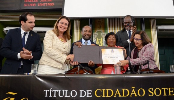 Bebeto recebe título de cidadão soteropolitano (Foto Reginaldo Ipê).