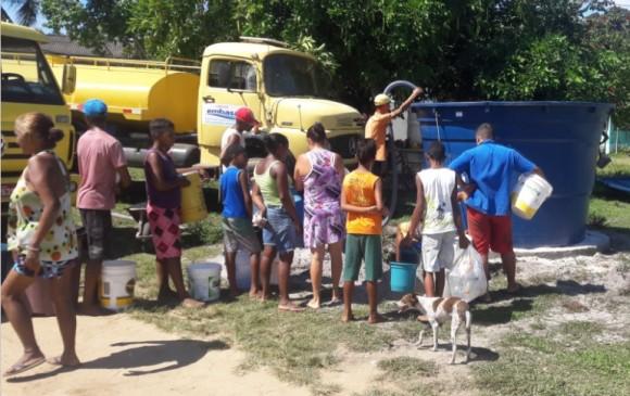 Tanques comunitários foram instalados em áreas que mais sofrem com a estiagem (Foto Divulgação).