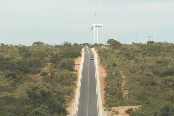 Estrada que liga BR-030 e Caetité foi inaugurada neste sábado (Foto Mateus Pereira/GovBA).