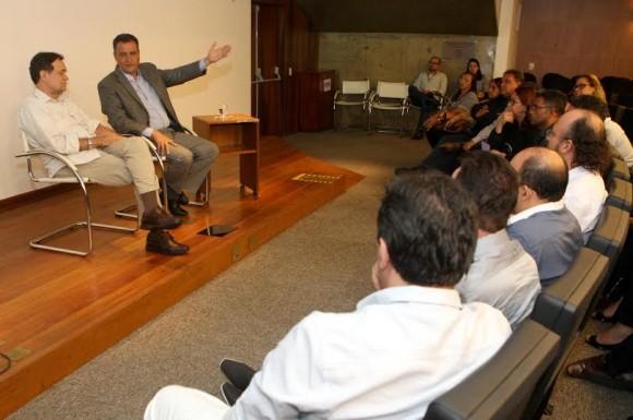 Rui anunciou premiação durante encontro com dirigentes regionais (Foto Mateus Pereira).