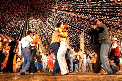 Bahia com tempo bom pra dançar forró