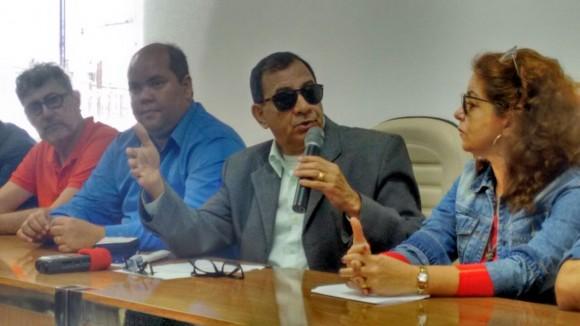 Jabes quando anunciou que não disputaria reeleição (Foto Ciro Zatele/Arquivo).