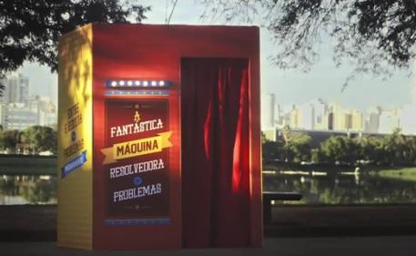 """""""Máquina"""" faz parte de campanha da AACD em São Paulo."""