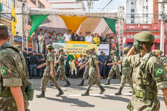 Desfile do 7 de Setembro altera tráfego no centro da cidade (Foto Pedro Augusto).