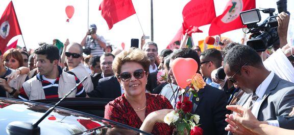 Dilma deixa palácio, em Brasília, e segue para Porto Alegre (Foto Wilson Dias).