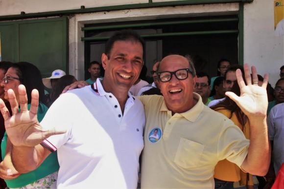 Marão chega à prefeitura tendo como vice-prefeito José Nazal, do Rede.
