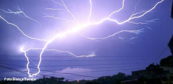 Imagem registrada por Bianca Bacelar no final de tarde desta sexta em Itabuna.