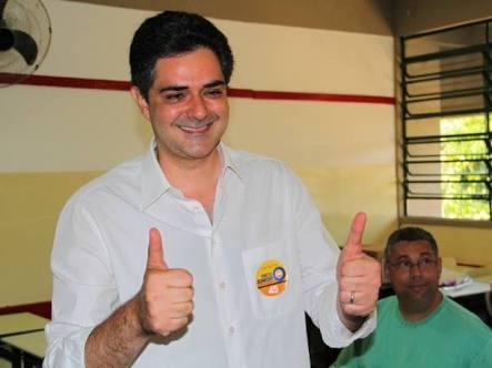 """Ortiz teve mais de 50% dos votos, mas concorreu como """"indeferido com recurso""""."""