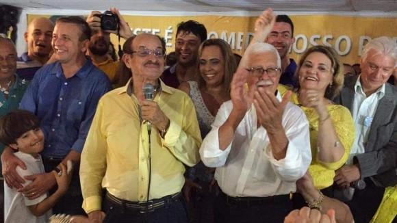 Fernando e o vice, Vita, serão diplomados hoje (Foto Divulgação/Arquivo).