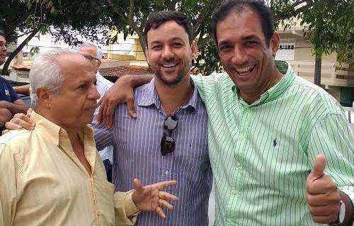 Carqueija, Paiva e o prefeito Marão, que também é do PSD.