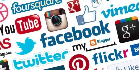 Segundo pesquisa, redes sociais fazem bem, desde que usada moderadamente.