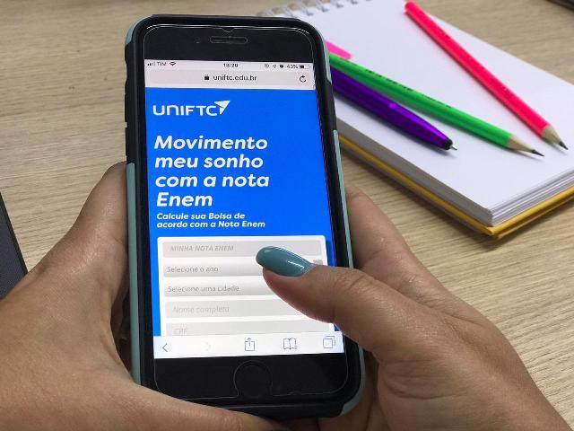 A PARTIR DA NOTA DO ENEM, CALCULADORA SIMULA BOLSAS DE ATÉ 100% NA UNIFTC