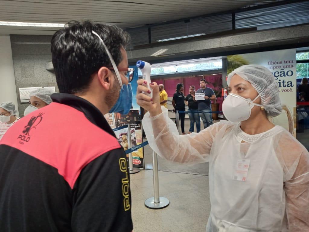 ILHÉUS: SESAB INICIA MONITORAMENTO DE PASSAGEIROS NO AEROPORTO JORGE AMADO