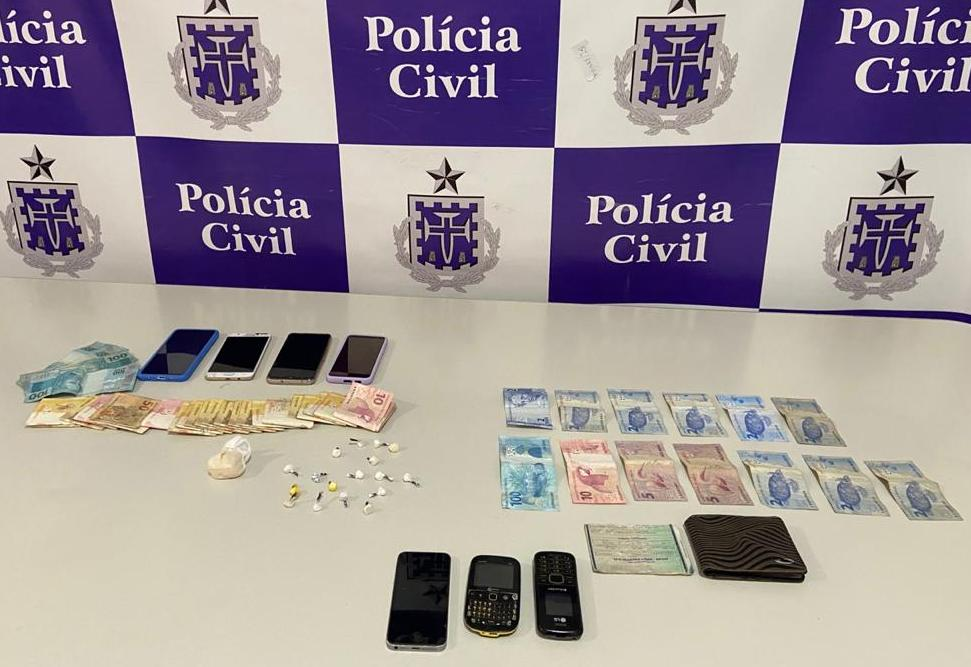 POLÍCIA PRENDE QUADRILHA QUE COMANDAVA DELIVERY DE DROGAS EM JEQUIÉ