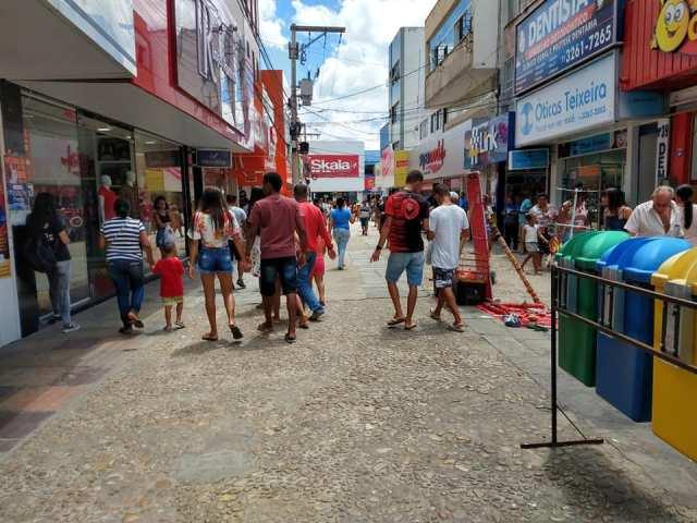 COM QUATRO CASOS DE COVID-19, ITAPETINGA REABRE COMÉRCIO NESTA SEGUNDA-FEIRA