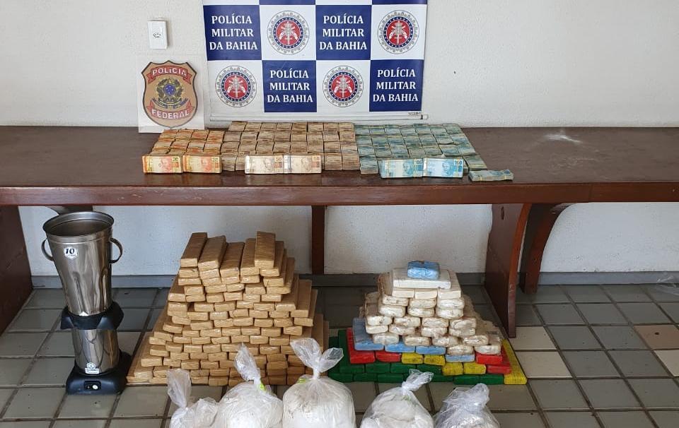 PM E PF ENCONTRAM R$ 740 MIL E 139 QUILOS DE DROGAS ENTERRADOS EM PORTO SEGURO