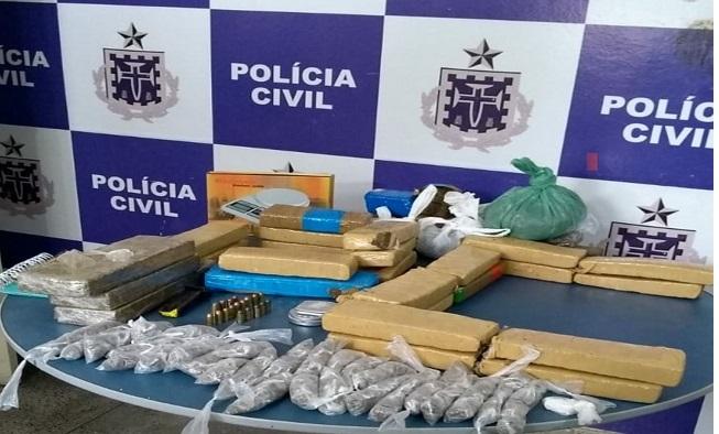 POLÍCIA APREENDE 21 QUILOS DE DROGAS EM IMÓVEL ABANDONADO EM ITABUNA