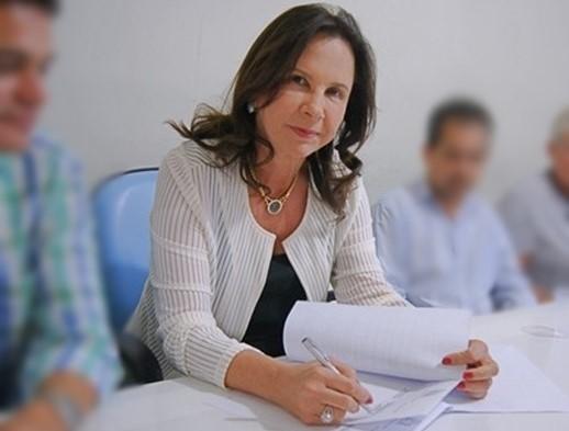 IPIAÚ: TCM CONDENA PREFEITA A RESSARCIR R$ 78,5 MIL AO MUNICÍPIO