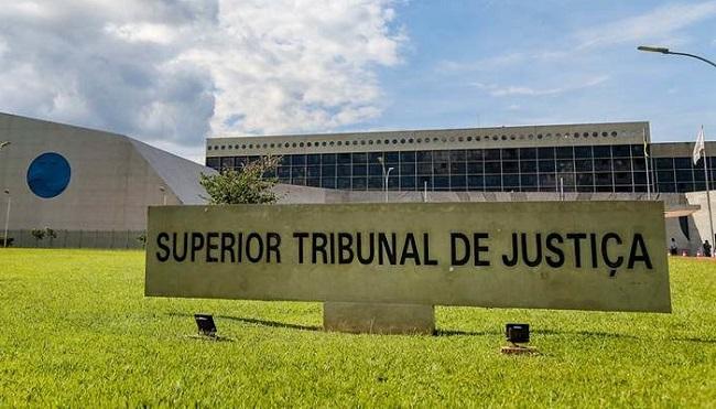 STJ RECEBE DENÚNCIA CONTRA DESEMBARGADOR DO TJ-BA POR POSSE IRREGULAR DE ARMA