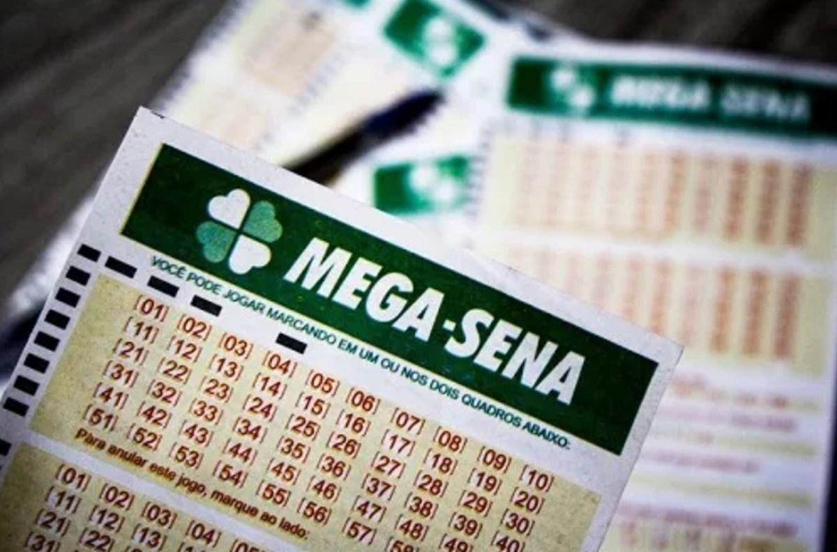 MEGA-SENA ACUMULA E DEVE PAGAR PRÊMIO DE R$ 8 MILHÕES