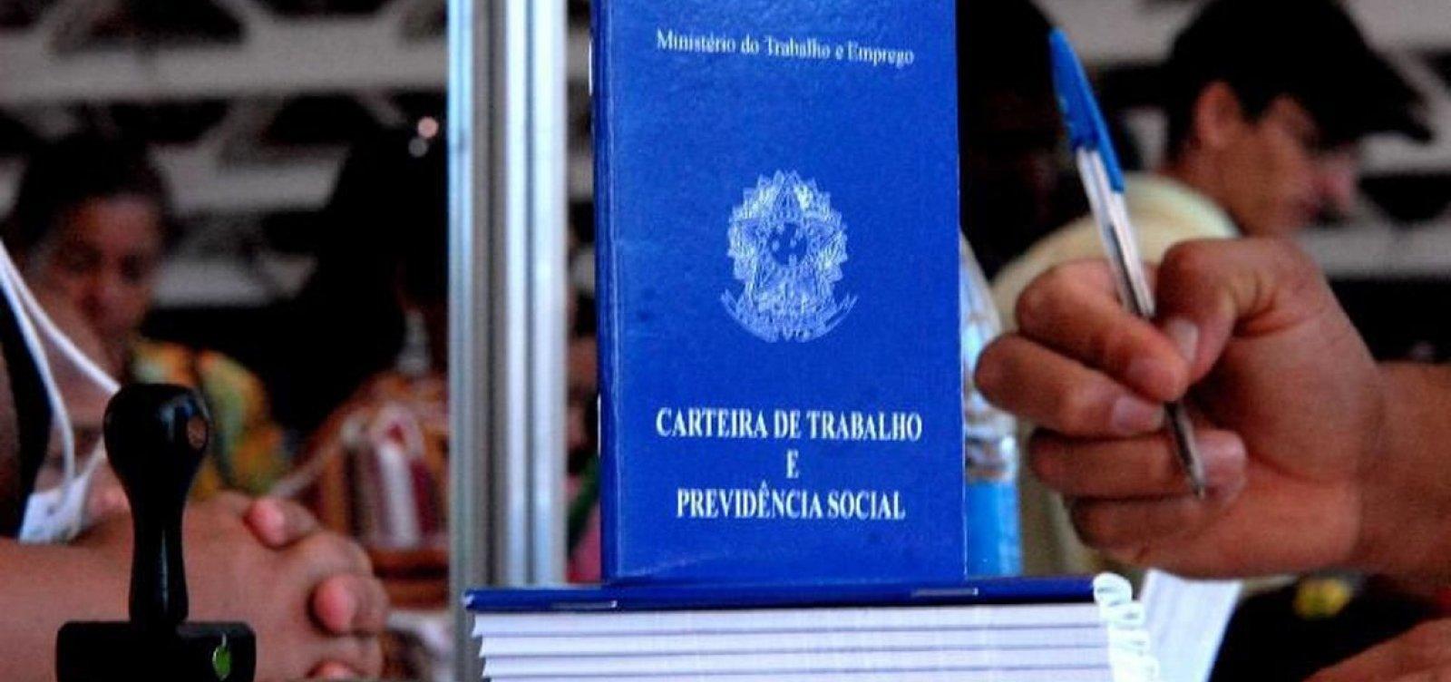 GOVERNO PRORROGA DECRETO QUE AUTORIZA REDUÇÃO DE SALÁRIOS E JORNADA DE TRABALHO