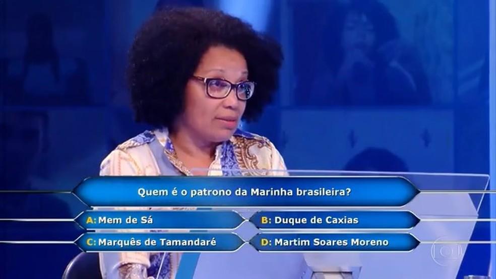 """FAXINEIRA NASCIDA NO SUL DA BAHIA GANHA R$ 100 MIL NO """"QUEM QUER SER UM MILIONÁRIO?"""""""