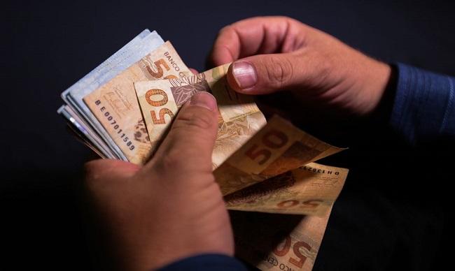 BRASIL: INFLAÇÃO TEM ALTA DE 0,89% EM NOVEMBRO, APONTA IBGE