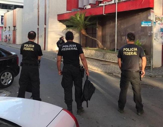 POLÍCIA FEDERAL APURA CONTRATOS DA COVID-19 E CUMPRE MANDADOS EM ILHÉUS E ITORORÓ