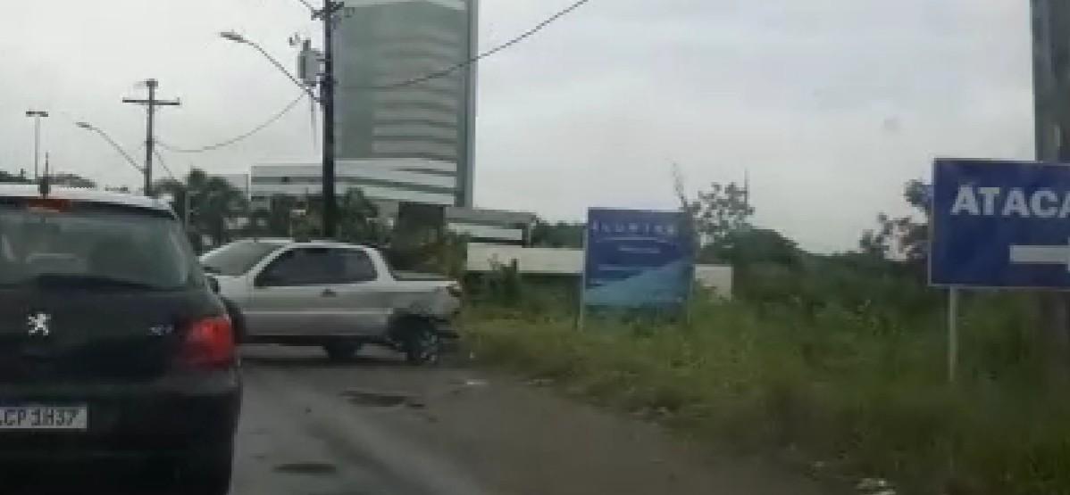 ACIDENTE TRAVA A RODOVIA ILHÉUS-ITABUNA