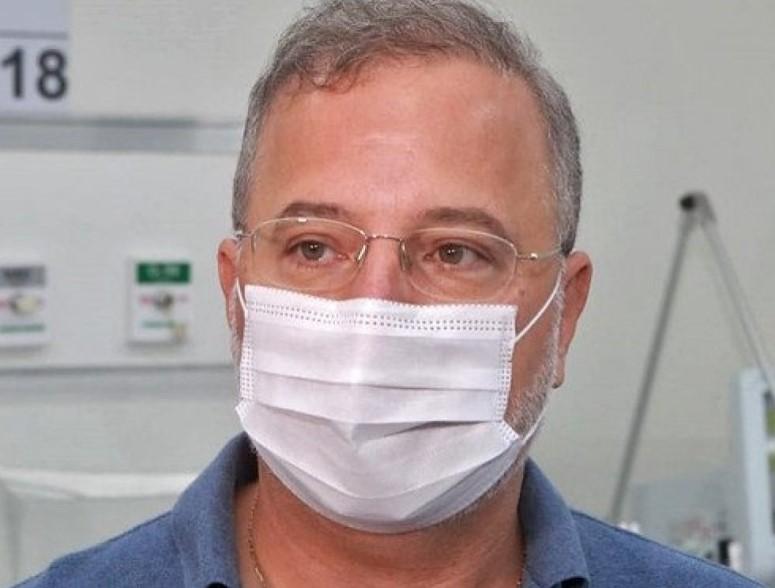 SECRETÁRIO DE SAÚDE DA BAHIA É INTERNADO POR CAUSA DA COVID-19