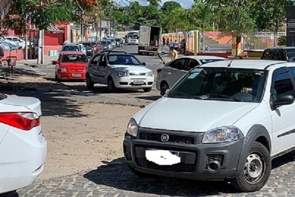 """PORTO SEGURO PROMOVE """"DRIVE-THRU"""" DA VACINA CONTRA A COVID-19"""