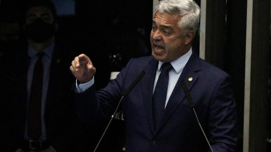 ASSESSORES ANUNCIAM MORTE CEREBRAL DO SENADOR MAJOR OLIMPIO